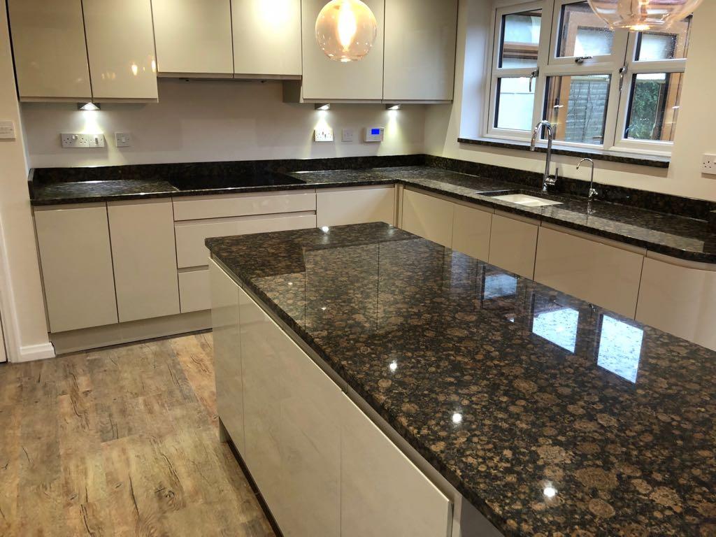 essex granite worktops chelmsford - granite vs marble kitchen worktops